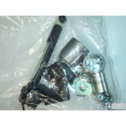 Kit butuc capota motor Ford Focus 2004-2009